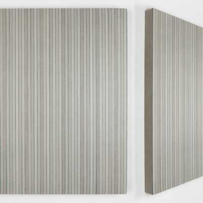 60 Dice Rolls and 207 Coats 2020 Pigmenti, gesso e acrilico su lino / Pigments, chalk and acrylic on linen 60×60 cm