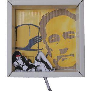 BOX ONE, 2015, cartone inciso e colori acrilici, 30x30